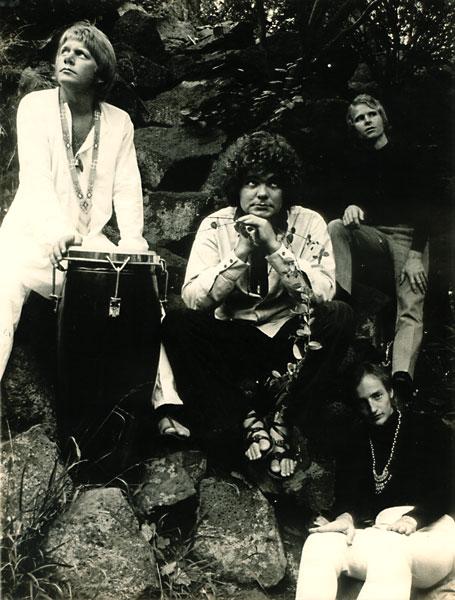 Outra formação de Doug Parkinson In Focus, em 1970, já com o baterista Jonnhy Dick (primeiro da esquerda)