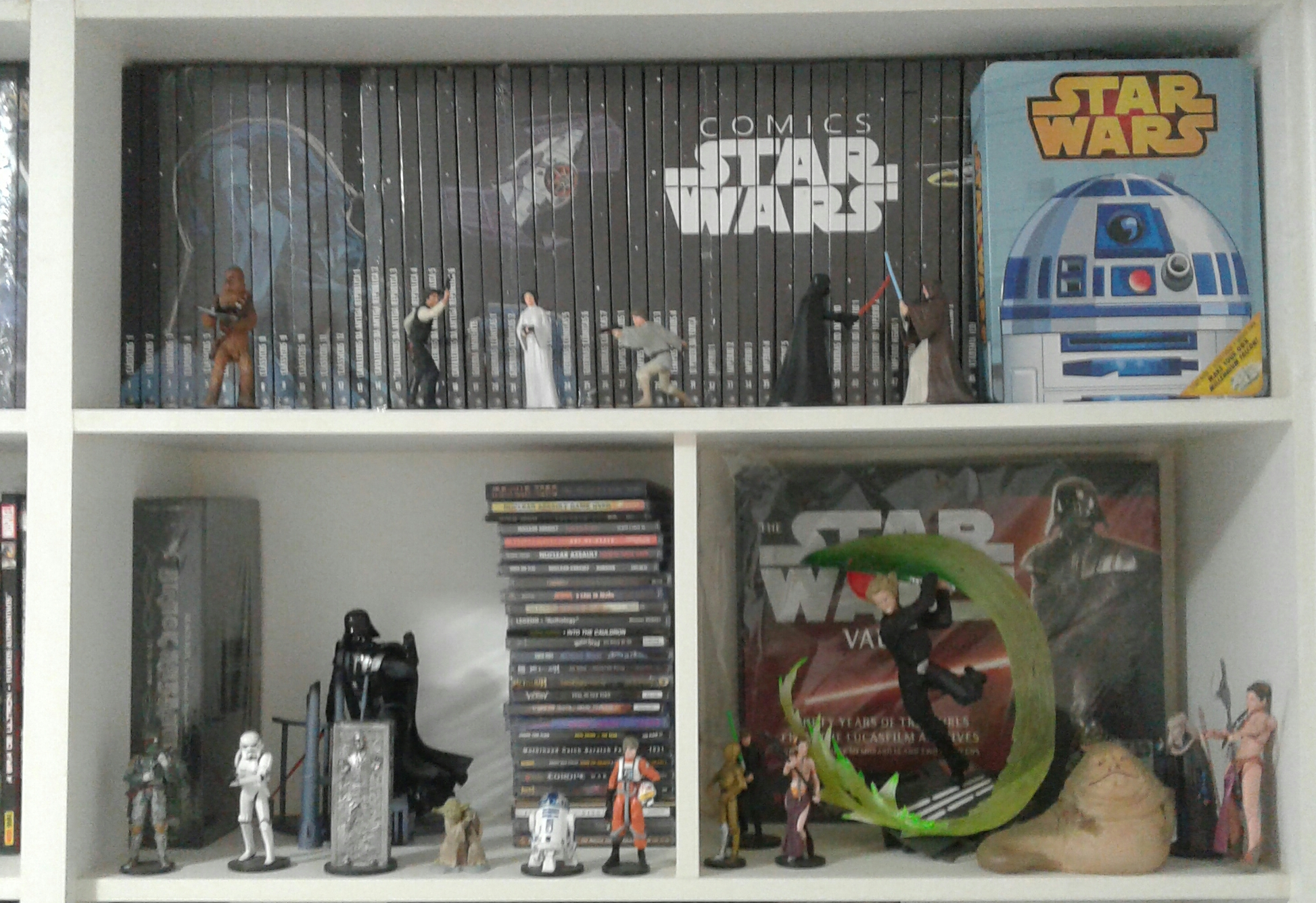 Mais CDs e mais Action Figures