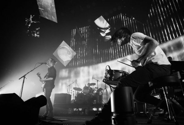 radiohead-a-moon-shaped-pool-tour-kickoff-amsterdam-live-debut-video-watch-1024x696